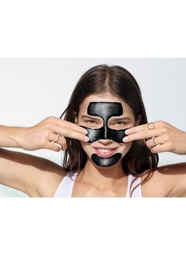 Garnier Garnier Kömürlü Siyah Nokta Karşıtı Soyulabilen Maske 50ml Renksiz